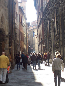 Shopping in the centre of Siena